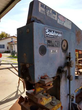 90 Ton, 4 x 4 x 1/2 , SCOTHMAN 9075, 24 Throat, Two Station Machine, Tooling